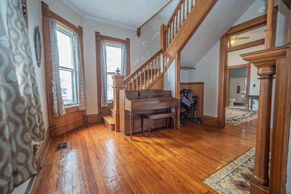 1880 Victorian For Sale In Moberly Missouri