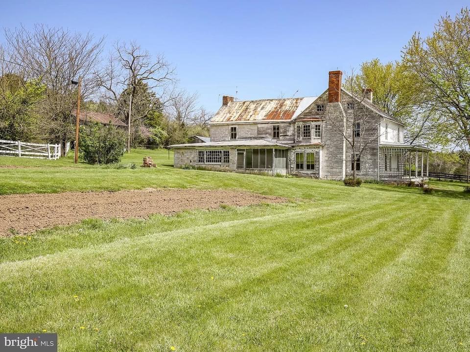 1810 Farmhouse For Sale In Strasburg Virginia