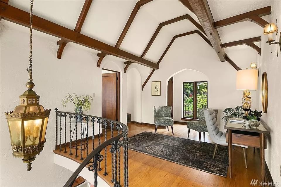 1929 Edgecliff Estate For Sale In Seattle Washington