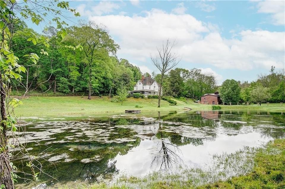 1890 Crawford Place For Sale In Lyerly Georgia