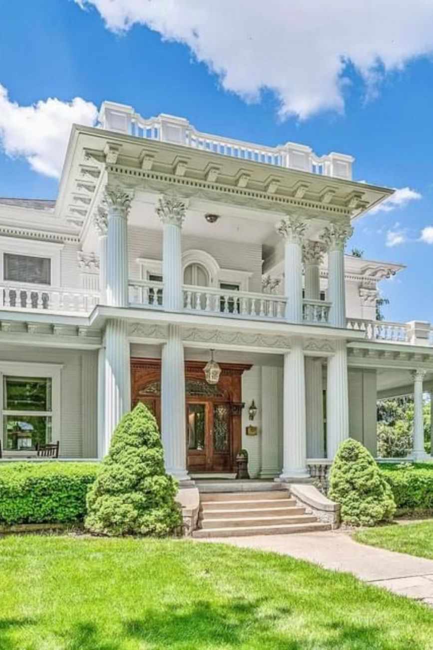 1906 Neoclassical For Sale In Marshall Missouri