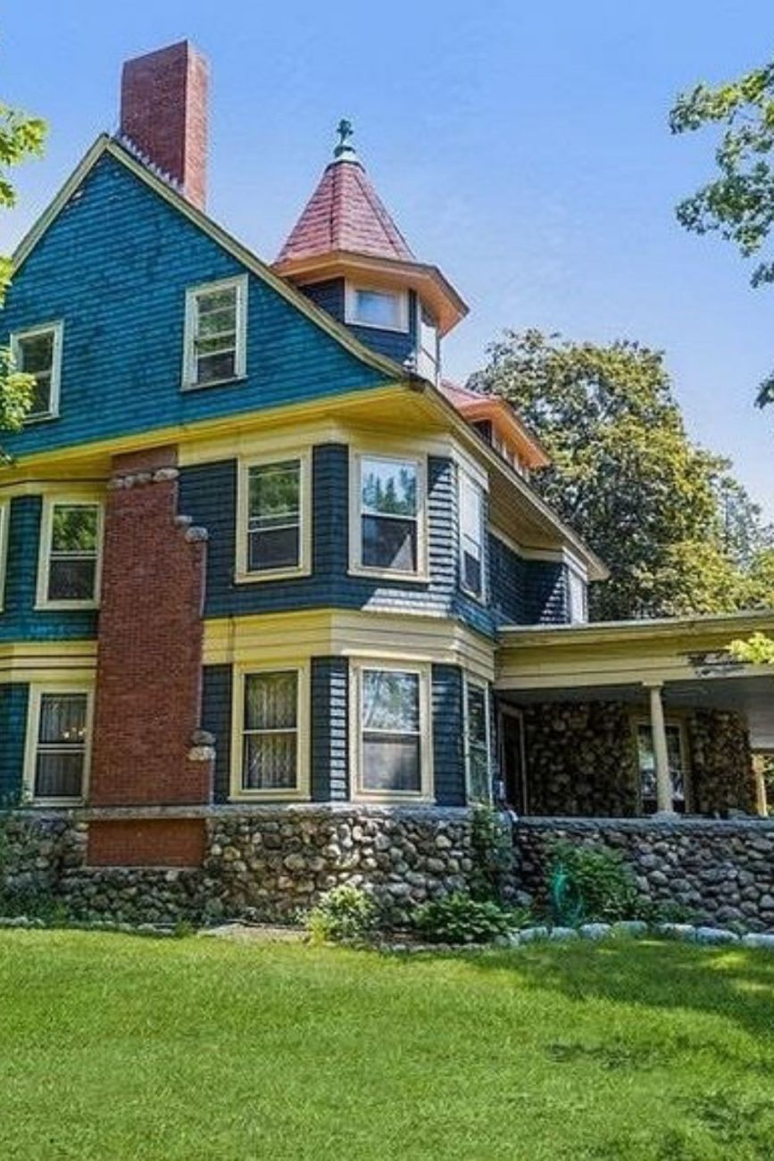 1897 Isola Mansion For Sale In Mont Vernon New Hampshire