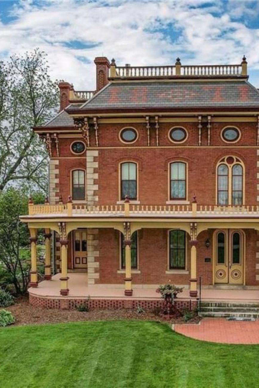 1871 Italianate For Sale In Pella Iowa