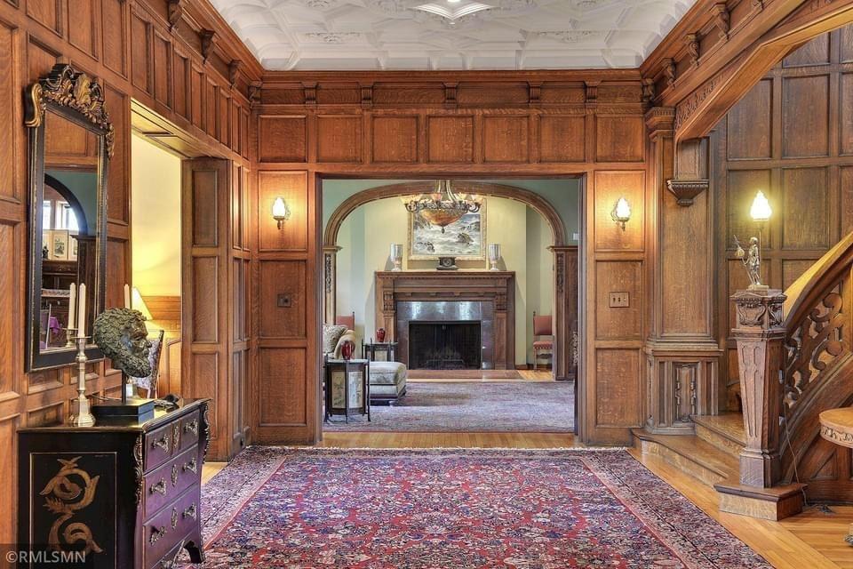 1903 Tudor Mansion For Sale In Minneapolis Minnesota
