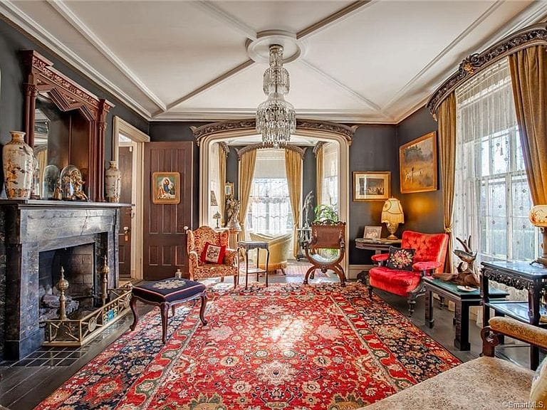 1858 Raynham Estate For Sale In New Haven Connecticut