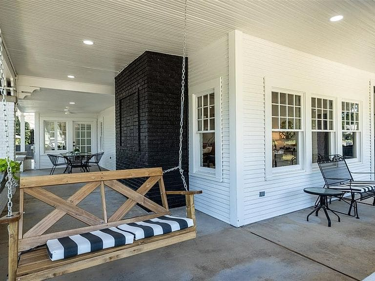 1916 Bungalow For Sale In Bowie Texas