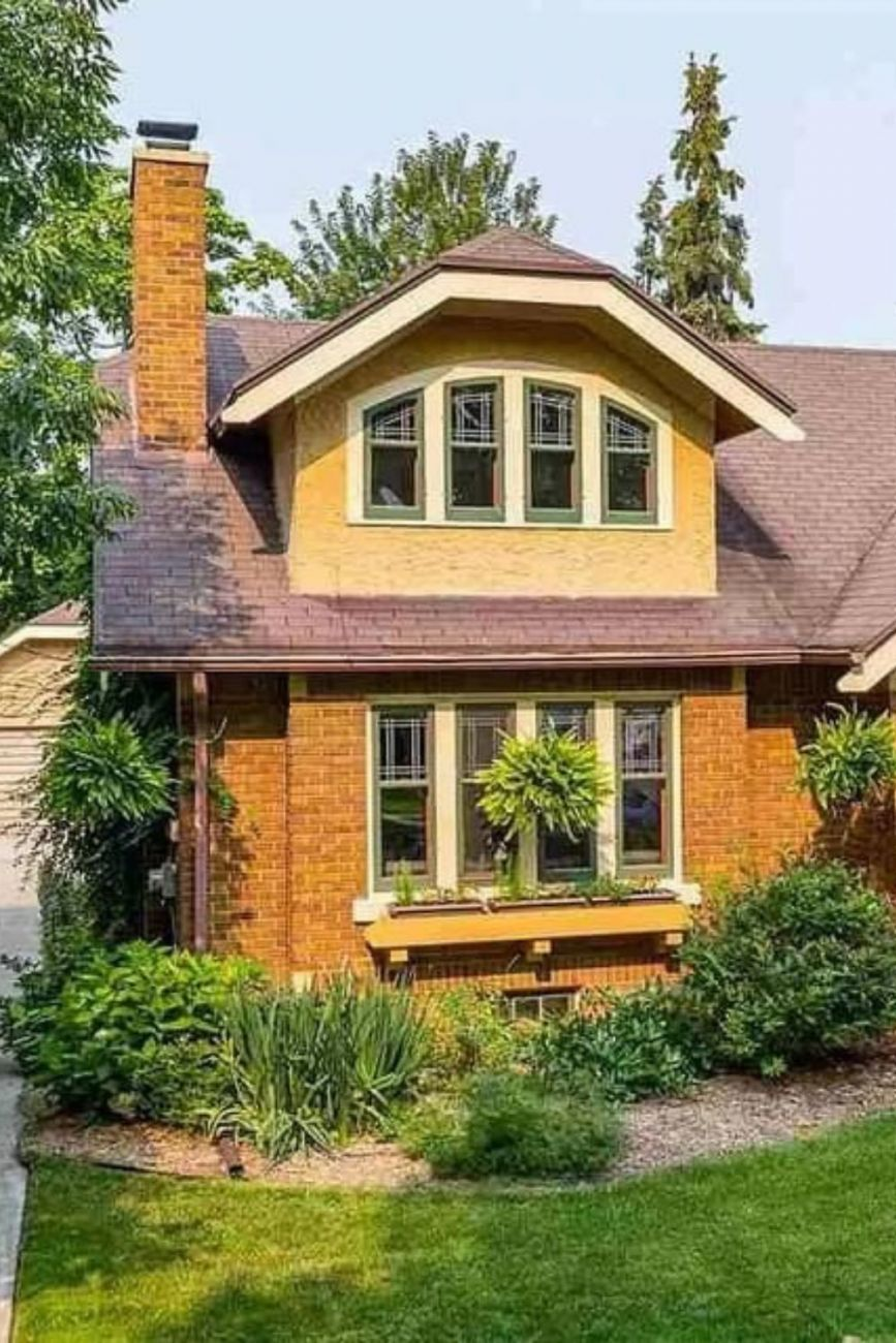 1931 Craftsman Style House For Sale In Neenah Wisconsin