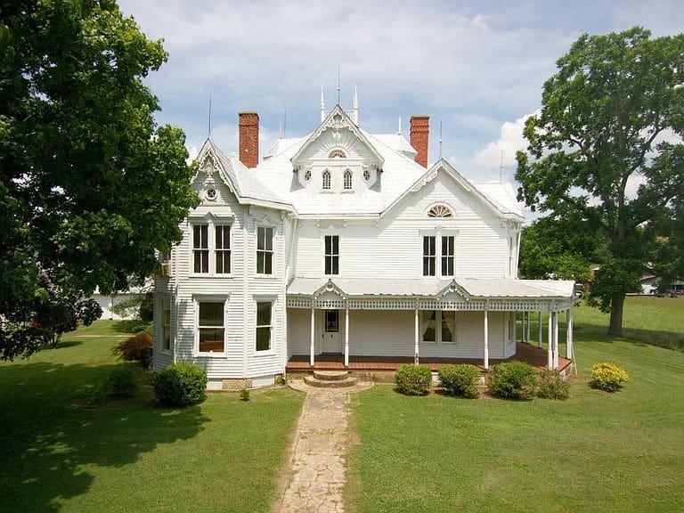 1900 Victorian For Sale In Burkesville Kentucky