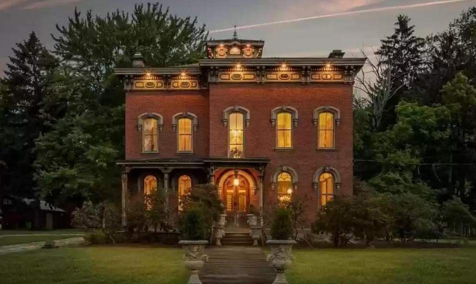 1873 Berea Mansion For Sale In Berea Ohio — Captivating Houses