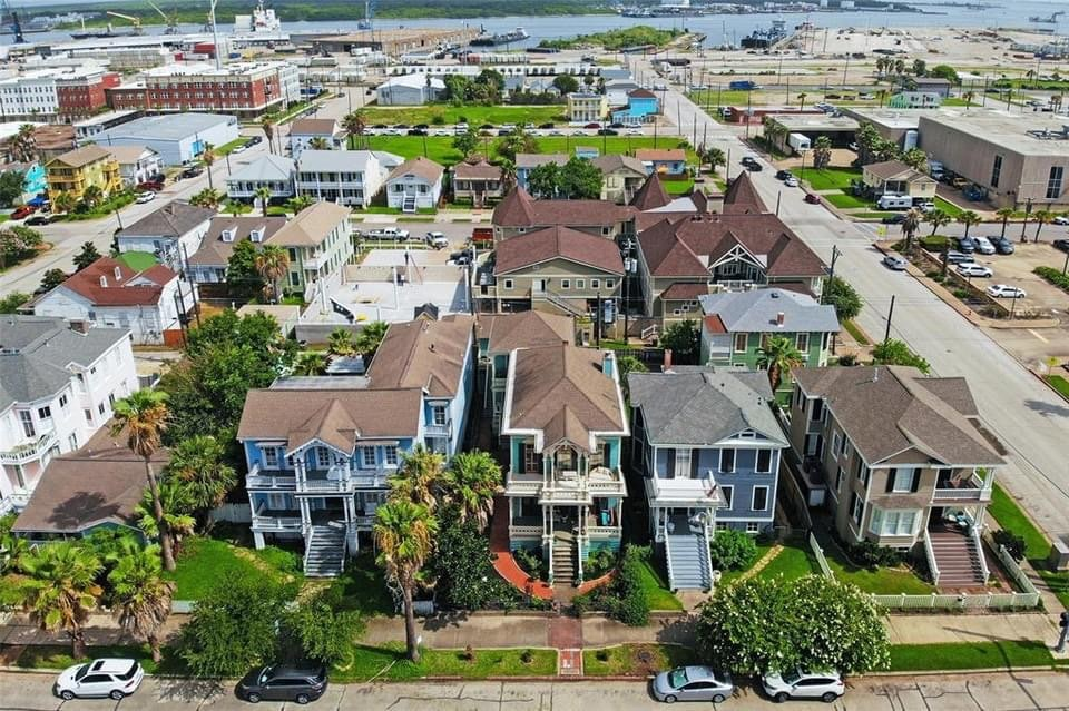1877 Isadore Lovenberg House For Sale In Galveston Texas