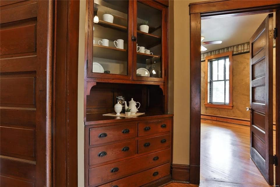 1912 Craftsman For Sale In Saint Louis Missouri