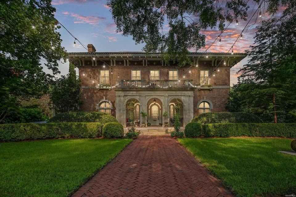 1914 Mansion For Sale In Montgomery Alabama — Captivating Houses