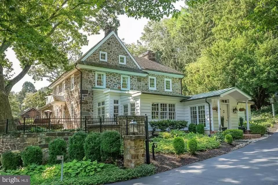 1740 Stone House For Sale In Chester Springs Pennsylvania — Captivating Houses