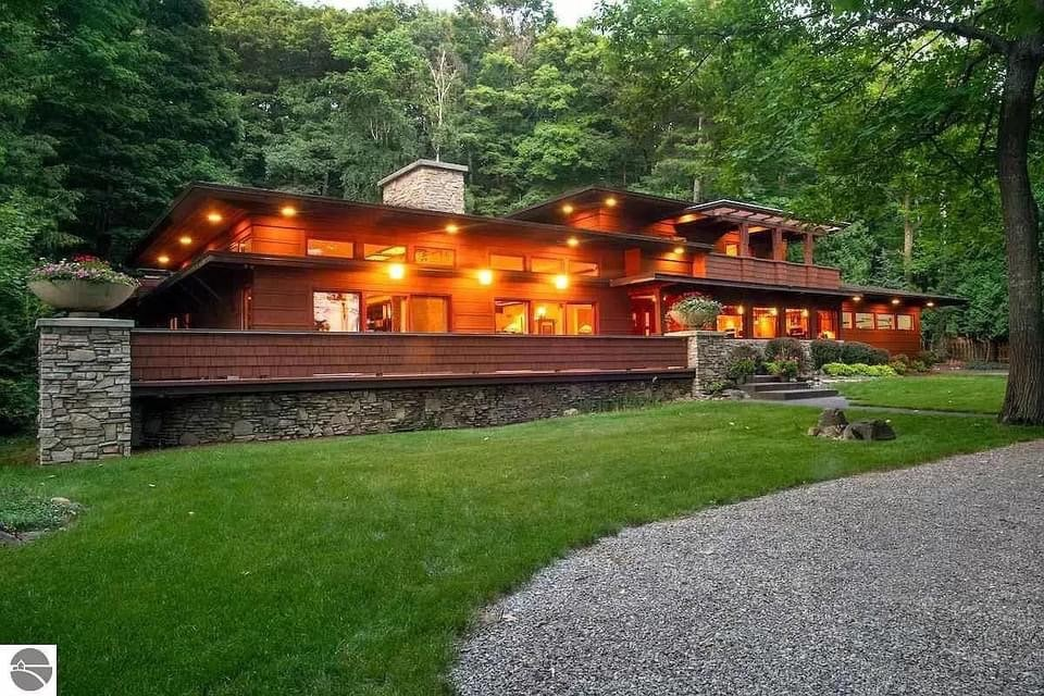 1965 Mid Century Modern For Sale In Traverse City Michigan