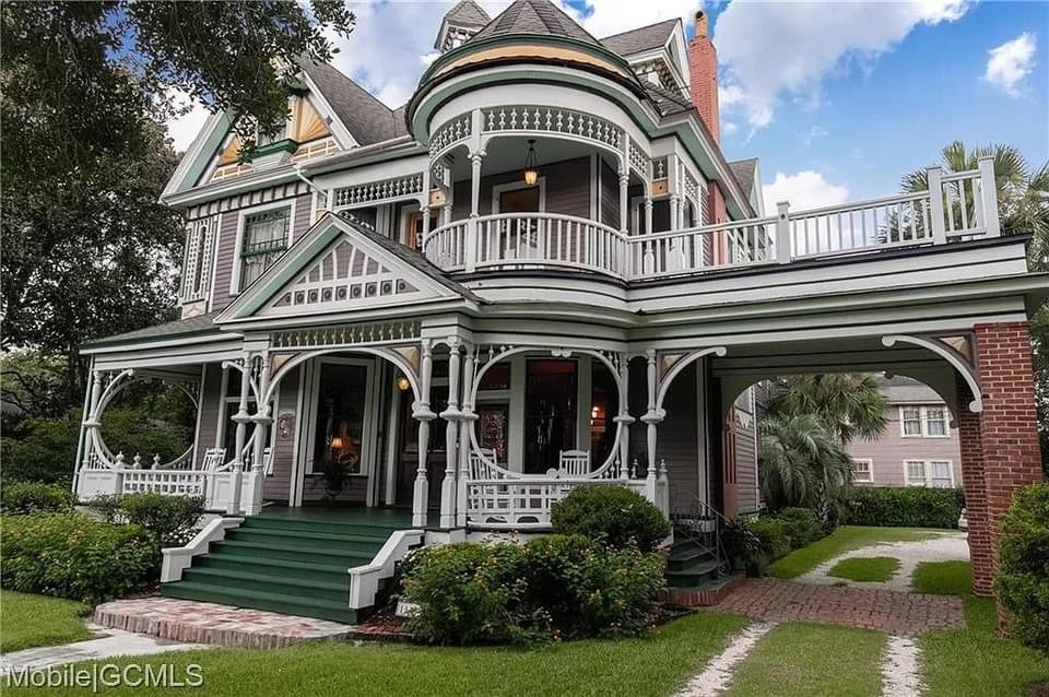 1897 Victorian For Sale In Mobile Alabama