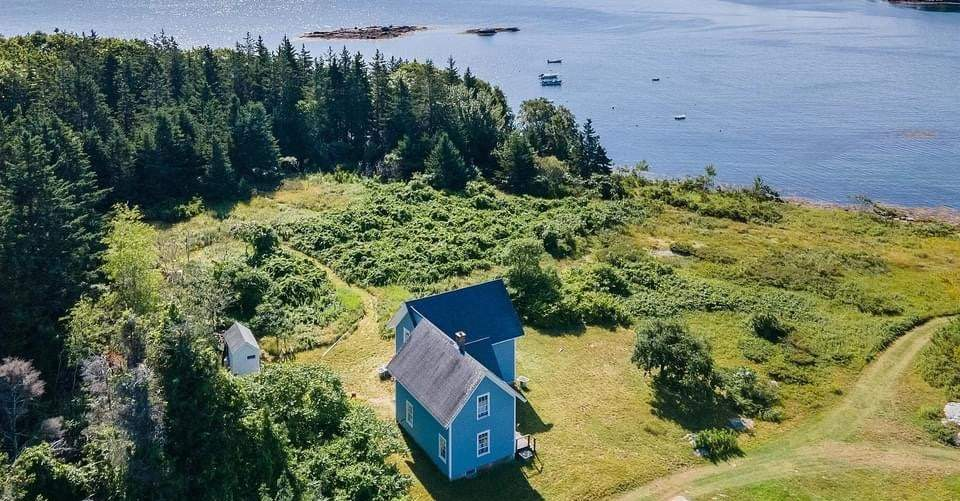 1850 Farmhouse For Sale In Bristol Maine — Captivating Houses