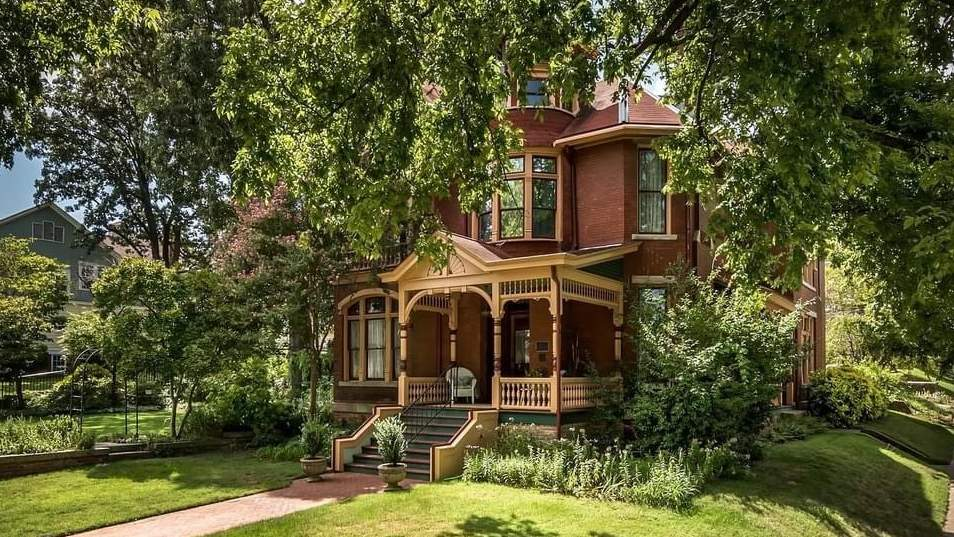 1891 Victorian For Sale In Little Rock Arkansas — Captivating Houses