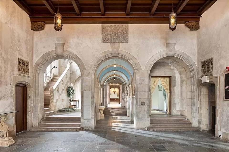 1907 Mansion For Sale In Newport Rhode Island