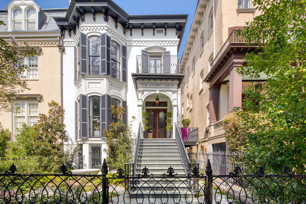 1852 Italianate For Sale In Savannah Georgia — Captivating Houses