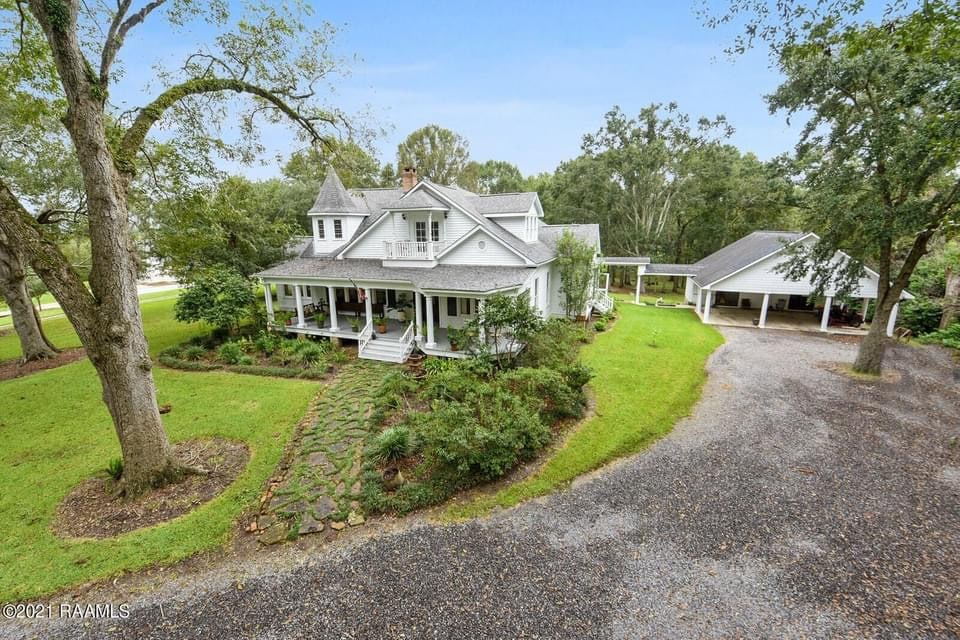 1899 Victorian For Sale In Broussard Louisiana