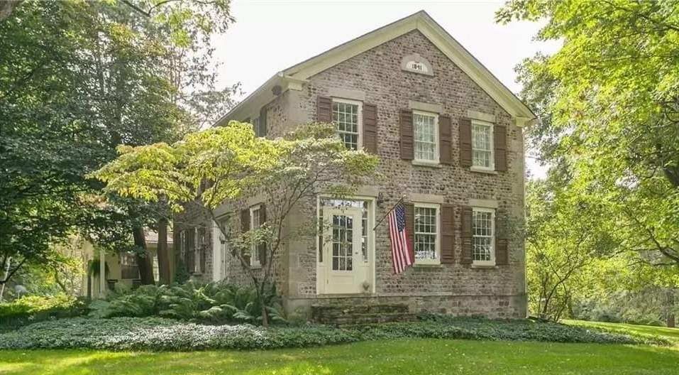 1841 Cobblestone Estate For Sale In Bloomfield New York — Captivating Houses